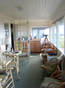 looking into sunroom near beach side door
